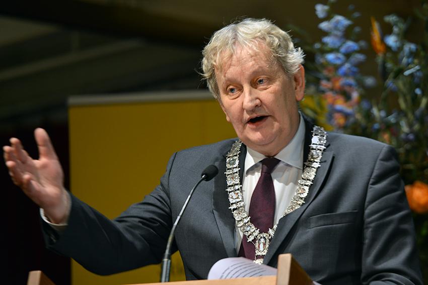 De burgemeester van Amsterdam, Eberhart van der Laan, ook een grote bewonderaar van Spinoza.